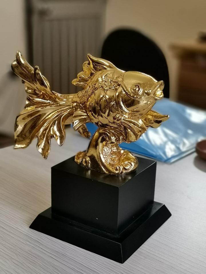 Quà Tặng Dát Vàng